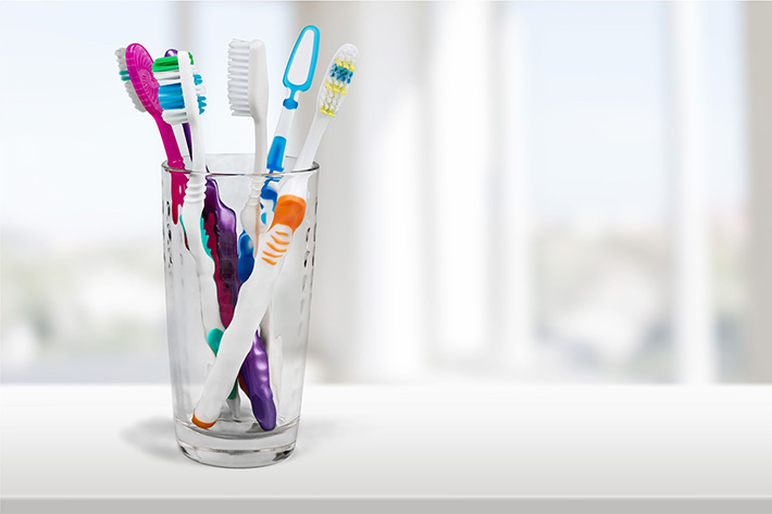 All About Your Manual Toothbrush – Walled Lake Dental Office