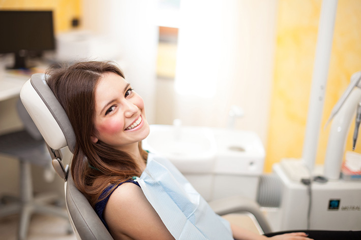 Tips-to-manage-dental-anxiety-Walled-Lake-MI-Dentist